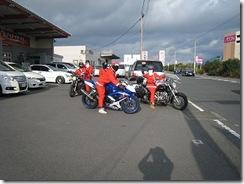 5人のサンタオートバイ
