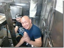 新栄店厨房掃除1